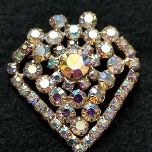 Vintage iridescent heart or gem shaped pin/brooch